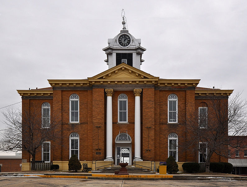 File:Stoddard County Courthouse, Missouri.JPG