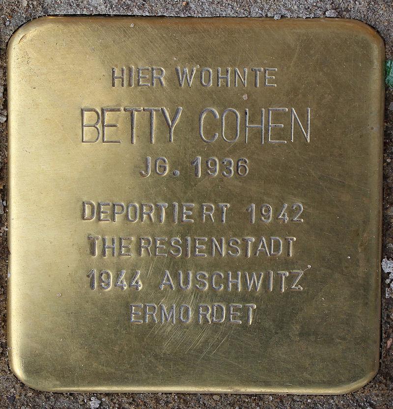Stolperstein Breite Straße (Betty Cohen) in Hamburg-Altona-Altstadt.JPG