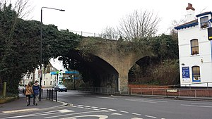 Stroud Green railway station - Bridge and station master's house (2015)