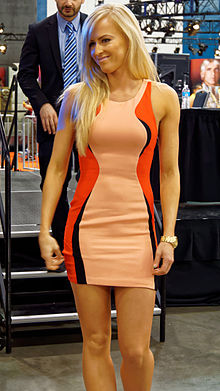 Summer Rae at WrestleMania Axxess 2015.jpg