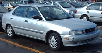 Suzuki Cultus Crescent - 1996 Suzuki Esteem sedan (North America)