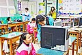 Taoyuan Municipal Tong An Elementary School students and Acer desktop computer 20170325.jpg