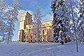 Taulumäen kirkko talvipäivänä.jpg