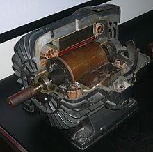 тесла модель с двигатель