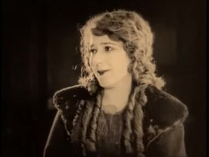 File:Tess of the Storm Country (1922).webm