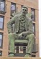 The Charles Rennie MacKintosh statue, Glasgow, Scotland.jpg