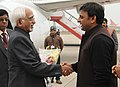 The Vice President, Shri Mohd. Hamid Ansari being received by the Chief Minister of Uttar Pradesh, Shri Akhilesh Yadav, on his arrival at Varanasi airport on December 25,2012.jpg