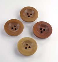 Three holes buttons.jpg