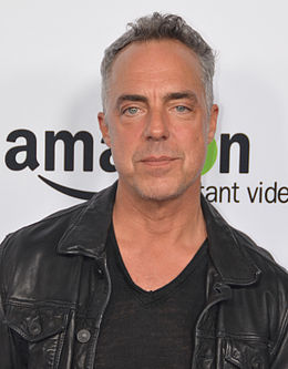 Titus Welliver 2015 (cropped).jpg