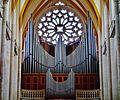 Toul Ex-Cathédrale St. Étienne Innen Orgel & Rosette.jpg
