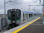 Train at Mitazono Station 20070320.jpg