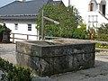 Traunkirchen Klosterbrunnen.JPG