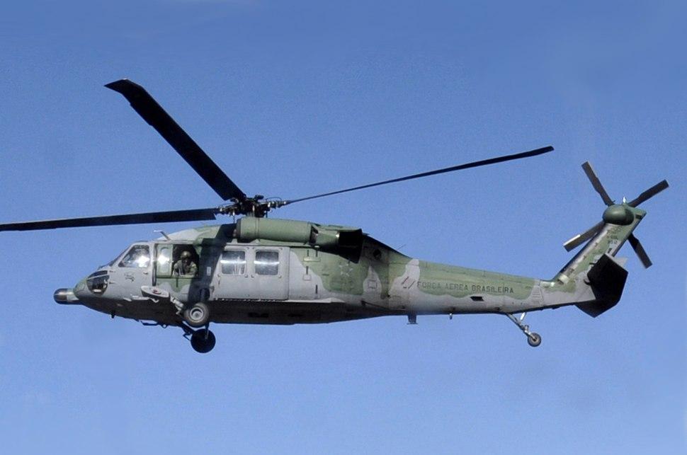 UH-60 Brazil (cropped)
