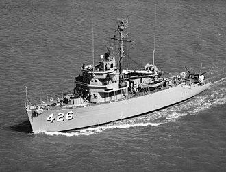USS Conflict (AM-426) - USS Conflict (MSO-426) underway, circa 1954.