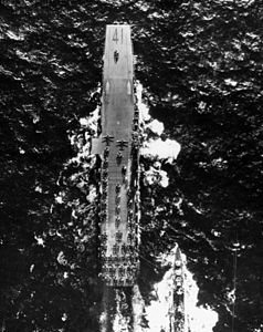USS Midway (CVB-41) overhead view 1946.jpeg