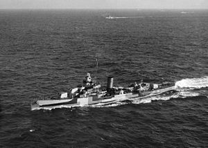 USS Somers (DD-381) underway c1944.jpg