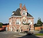 Uitbergen town hall.jpg