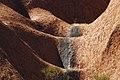 Uluru (14990430640).jpg