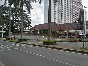 Universitas Indonesia Station 00.jpg