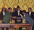 VII Encuentro Presidencial Ecuador-Venezuela. Entrega de créditos no reembolsables, suscripción de convenios y rueda de prensa (4465725327).jpg