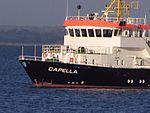 Vermessungsschiff Capella des BSH - Bund - geankert - im Flachwasser Geltinger Bucht Foto Wolfgang Pehlemann IMG 4053.jpg