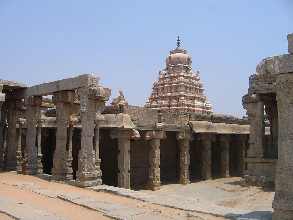 Virabhadra temple complex view from mandapa side.JPG