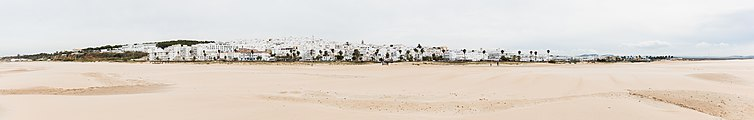 Vista de Conil de la Frontera, España, 2015-12-08, DD 02-06 PAN.JPG