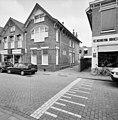 Voor- en zijgevel directeurswoning voorm. school - Bodegraven - 20373683 - RCE.jpg