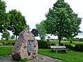 Waldenserstein in Neuhengstett, Eberhard Ludwig, regierender Herzog zu Württemberg hat die ihres glaubend wegen vertriebenen Waldenser anno 1699 in seinem Lande aufgenommen. Zum Andenken an jene Zeit wurde dieser Stif - panoramio (1).jpg