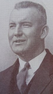 Wallace Sharland Australian rules footballer, journalist and commentator
