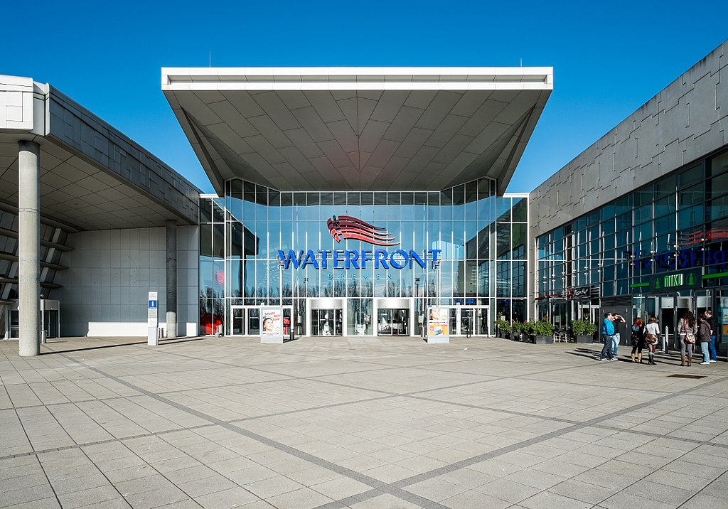 Waterfront (8689077759)