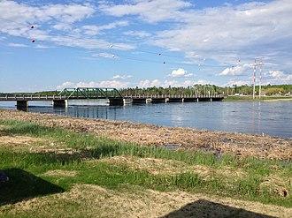 Waterhen River (Manitoba) - Image: Waterhen Bridge