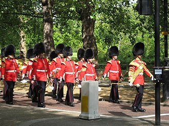 Drum major (military) - Image: Welsh Guards Band
