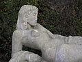 Wien - Zentralfriedhof - Grabmal für Selma Halban-Kurz - Figur von Fritz Wotruba - Detail.jpg