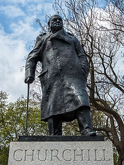 The statue of Churchill (1973) by Ivor Roberts-Jones in Parliament Square, London. Winston Churchill, Parliament Square, London (cropped).jpg