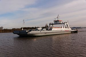 Wischhafen (Ship) 2011-by-RaBoe-15.jpg