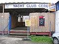 Yacht Club CERE, vstup, označení náhradní lodní dopravy.jpg