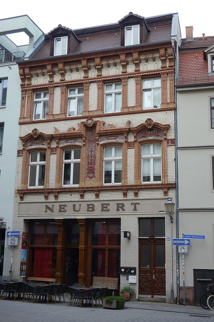 single bar halle saale Halle (saale) – it's your town – no matter whether you happen to be a visitor or a resident a concentrated mix consisting of art, culture, relaxation, catering and.