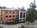 Zadnja strana zgrade Valjevske gimnazije.JPG