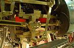 Zweischienig geführter Kreuzkopf sowie Voreilhebel des rechten Niederdruckzylinders der Lok S 2 6.JPG