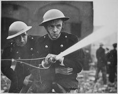 Firefighter's helmet - Wikiwand