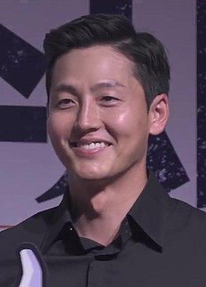 Lee Jung-jin - Image: (특별수사 사형수의 편지) 셀럽 엄지척 영상 이정진 12s