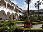 (Iglesia de San Francisco, Quito) Convento pic.bb08 interior courtyard.JPG