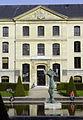 École polytechnique Paris pavillon Joffre Jardin carré 110417.jpg
