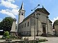 Église de Sérézin de la Tour.jpg
