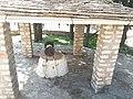 Πετρόχτιστο πηγάδι στην Παναγία της Ροδιάς.jpg