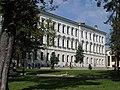 Бічний фасад головного корпусу Львівської політехніки.jpg