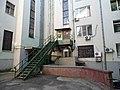 Муравьева-Амурского 25 - двор справа по фасаду.jpg