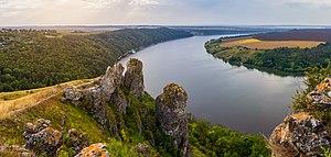 Пагорби над Дністром. Панорама.jpg