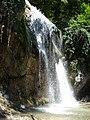 Повноводний водоспад Джур-Джур.jpg